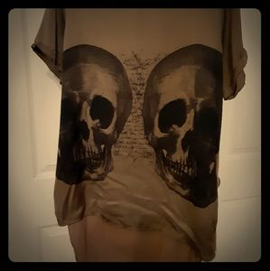 Long skull silk blouse never worn